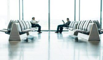 Uçağınız Rötar Yaptıysa Mutlaka Bilmeniz Gereken Yasal Haklarınız